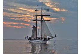 J.R. Tolkien © van der Rest Sail Charter