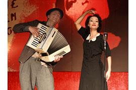 Piaf - Der Spatz von Paris © Theaterschiff Lübeck