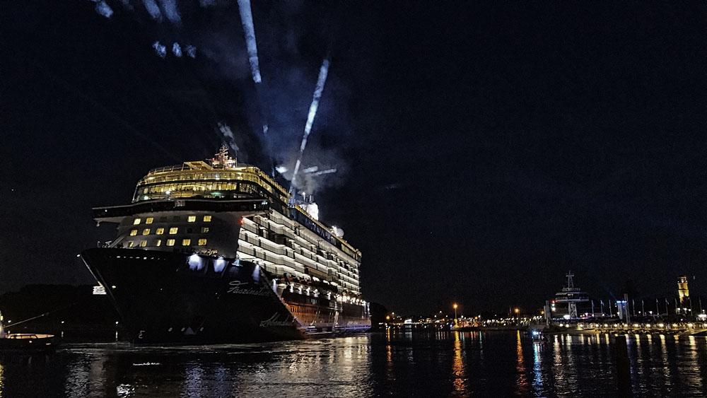 Mein Schiff 5 Schiffstaufe in Travemünde ©TraveMedia