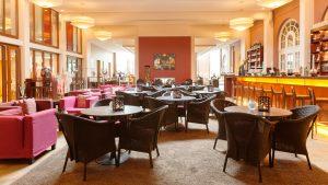 Bar am Marktplatz A-ROSA Travemünde ©Henrike Schunck