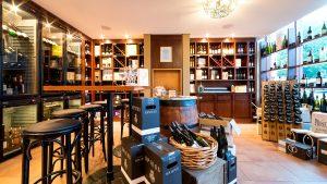 Enoteca Weinhandel ©Holger Martens