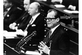 Regierungserklärung Willy Brandt © J.H. Darchinger Friedrich-Ebert-Stiftung