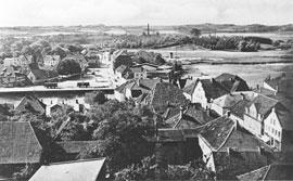 """Ausstellung """"Alte Neustadtbilder. Neustadt von oben"""" – zeiTTor"""