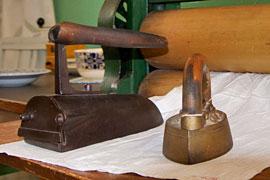 Bügeleisen – Industriemuseum Geschichtswerkstatt Herrenwyk