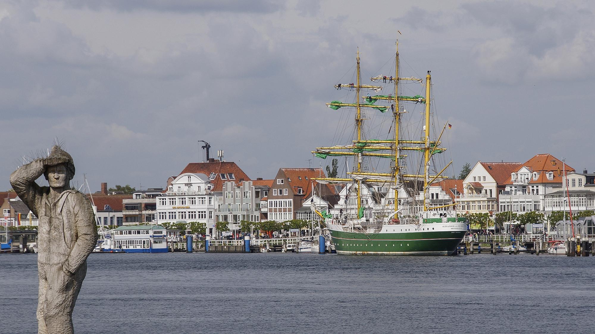 Alexander von Humold II in Travemünde © TraveMedia