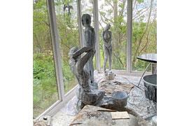 Ausstellung Holzskulpturen © Jörg Barre